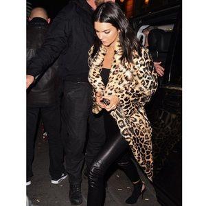 NWT Kendall & Kylie Leopard Print Faux Fur Coat